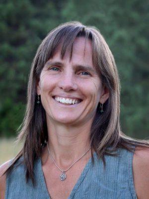 Elise Jones2